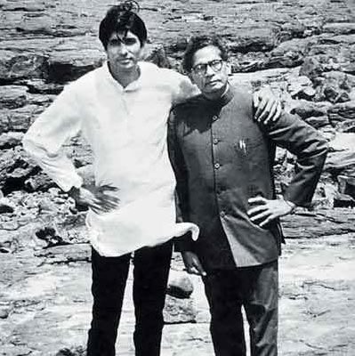 Amitabh with Father Mr. Harivansh Bachchan